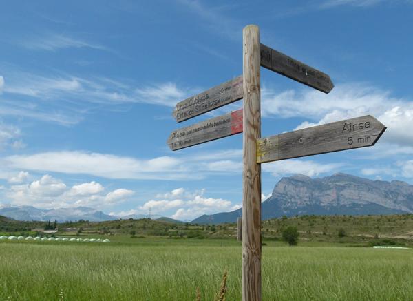 Camino Cruz Ainsa