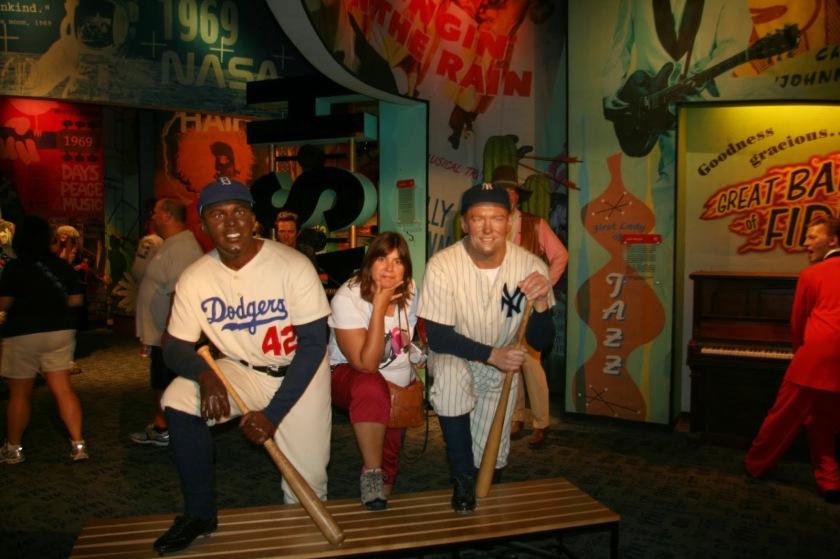 """Entre grandes """"jugadores de béisbol"""" Museo Madame Tussauds- NYC"""