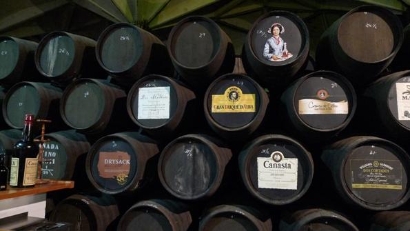 """Las famosas """"botas de vino"""" o barricas"""