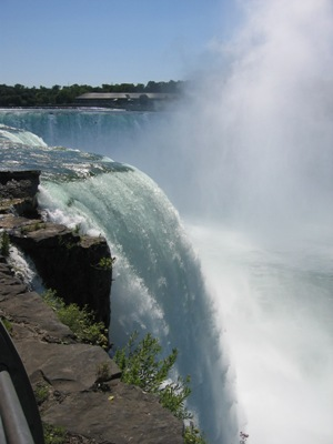 Caprichos de la naturaleza como grandes cataratas Niágara Falls - EE.UU