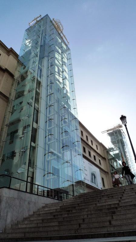 Moderno edificiodel Reina Sofía
