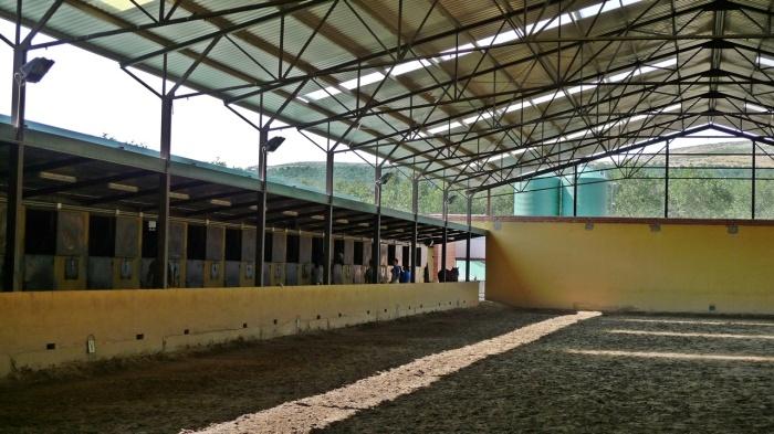 Imagen de una escuela de hípica