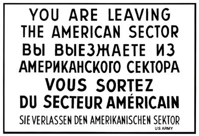 """Cartel infomrativo """"Ud. abandona el Sector americano"""""""