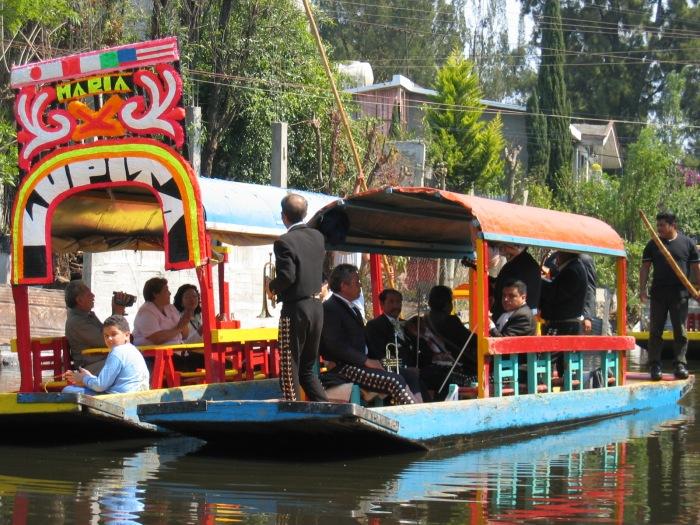 xochimilco mexico (2)