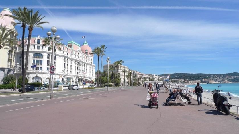 paseo Niza