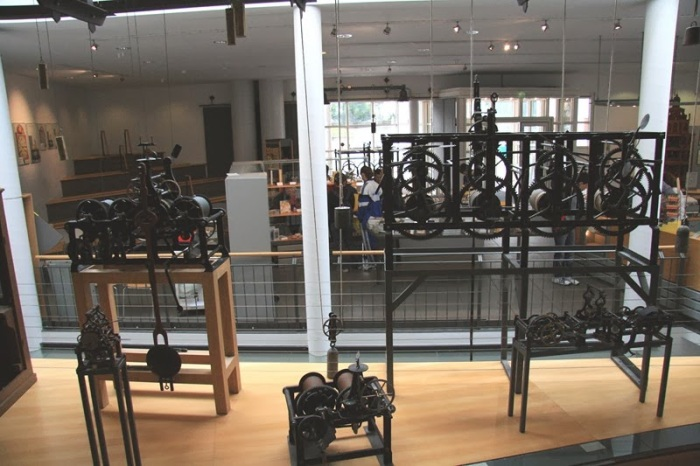 museo relojes furwangten, selva negra