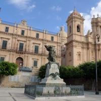 """Lo mejor del """"barroco siciliano"""" en Noto, Módica y Ragusa"""