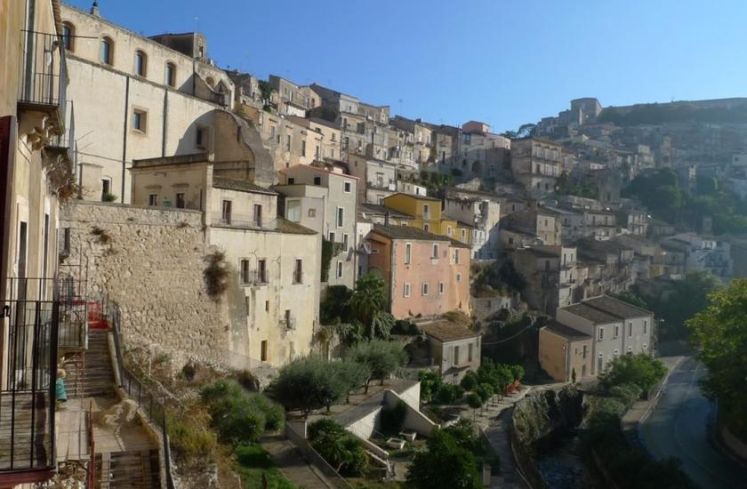 ragusa, valle noto, sicilia (9)