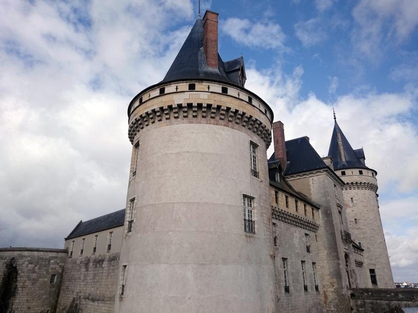 castillo de sully-sur-loire 2