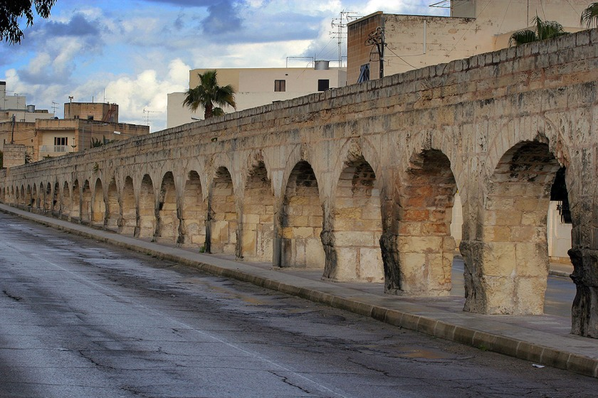 Wignacourt_Aqueduct_Birkirkara_Malta