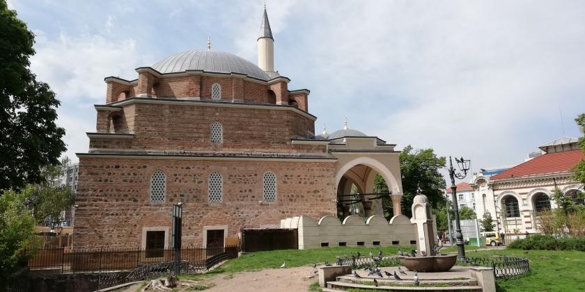 Un lateral de la mezquita